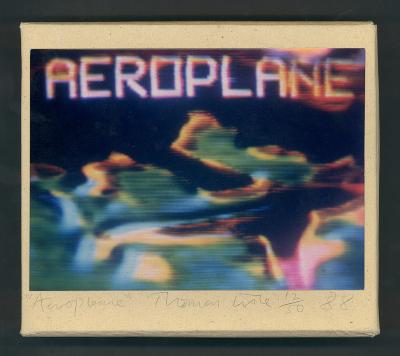 Aeroplane / Thomas Lisle; Lisa Moore