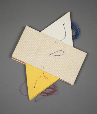 Yellow Accordion Book Structure / Scott McCarney